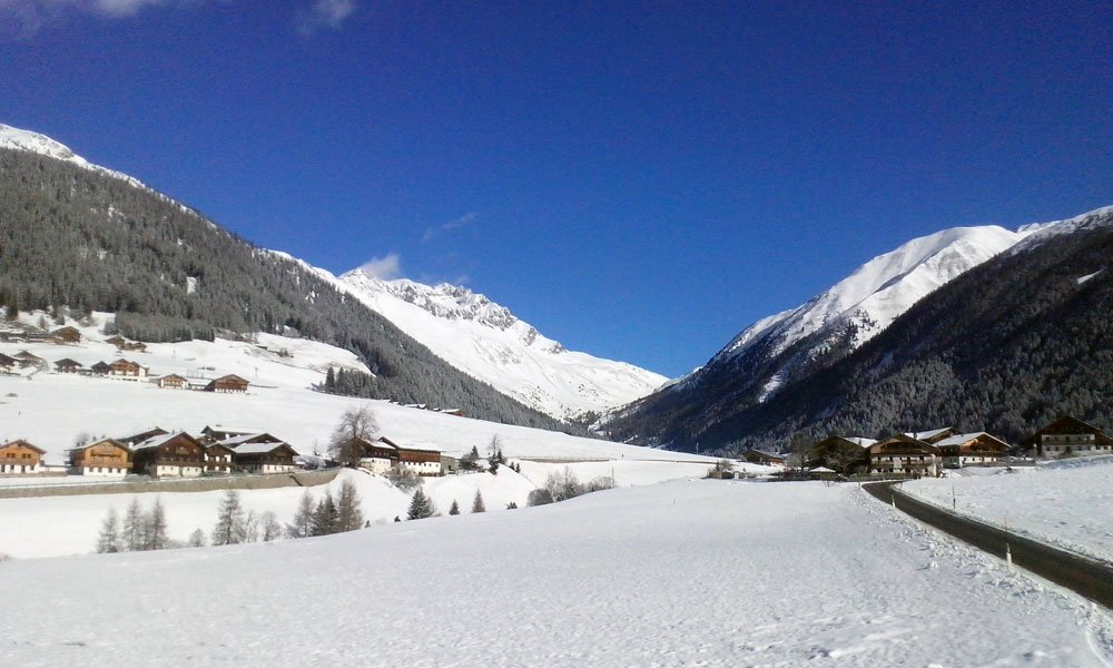 Urlaub auf dem Bauernhof im Winter: faszinierende Schneewelten entdecken
